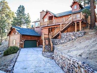 Beautiful House with Garage and Hot Tub - Big Bear Lake vacation rentals