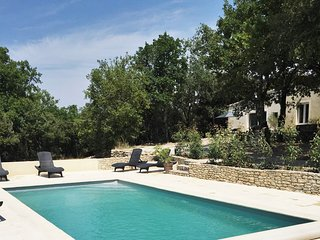Charming house near Avignon with pool - Venasque vacation rentals