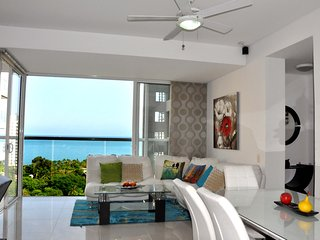 Nice Condo with A/C and Satellite Or Cable TV - Santa Marta vacation rentals