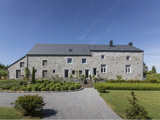 Gorgeous 10 bedroom Durbuy House with Internet Access - Durbuy vacation rentals