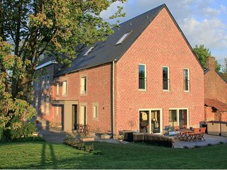 Bright 7 bedroom Waremme House with Internet Access - Waremme vacation rentals