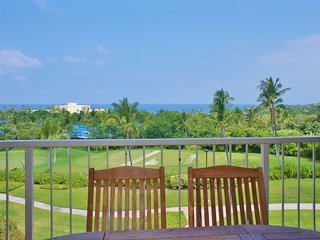 Spacious Top Floor Unit, Fantastic Ocean Views - Kailua-Kona vacation rentals