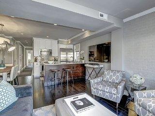 Furnished 2-Bedroom Townhouse at 5th St SE & Seward Square SE Washington - Fairlawn vacation rentals