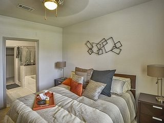 Furnished 2-Bedroom Apartment at Business Center Dr & Discovery Bay Dr Pearland - Pearland vacation rentals
