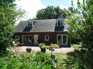 Garden Cottage Bishopton - Glasgow vacation rentals