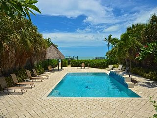 Summerland Shores - Breathtaking Waterfront Home With Pool, Beach & Boat Dock - Summerland Key vacation rentals