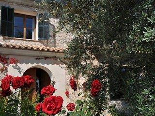 Nice 5 bedroom Cottage in Binibona - Binibona vacation rentals