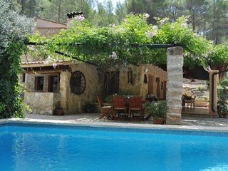 4 bedroom Cottage with Washing Machine in S'Arraco - S'Arraco vacation rentals