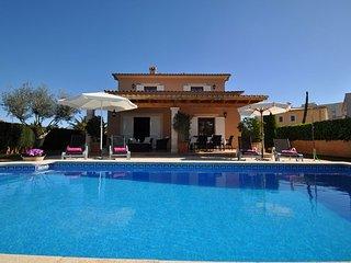 3 bedroom Villa with Internet Access in Sa Coma - Sa Coma vacation rentals