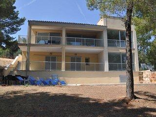 Beautiful 4 bedroom Villa in Mal Pas with Internet Access - Mal Pas vacation rentals
