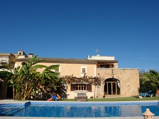 Comfortable Cottage with Internet Access and A/C - Banyeres de Mariola vacation rentals