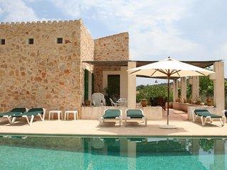 R-1561 - Arta vacation rentals