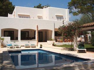 Beautiful Villa with Internet Access and A/C - Poiana Negri vacation rentals