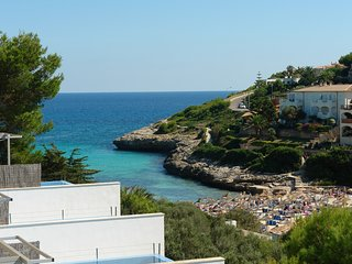 Cozy 3 bedroom Villa in Cala Mandia - Cala Mandia vacation rentals