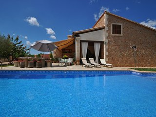 Spacious Cottage with Internet Access and Washing Machine - Biniali vacation rentals