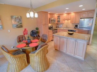 FALL SPECIALS! Top Rated Ocean View 1-Bedroom in the Inner Courtyard - Kihei vacation rentals