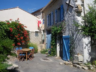 Nice Gite with Internet Access and Wireless Internet - Rennes-le-Chateau vacation rentals