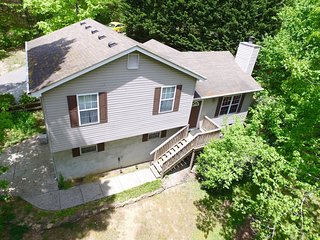 Covenant Cottage \\BacktoSchool 10% OFF thru 9/30/ - Chattanooga vacation rentals