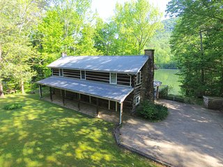Pot Point Cabin, On the TN River, 12 miles to Chat - Chattanooga vacation rentals