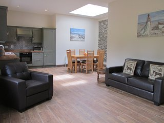 Court yard cottage, overlooking lakes - Killarney vacation rentals