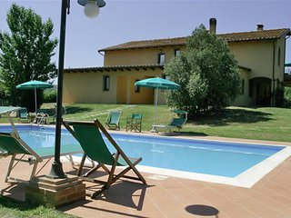 Nice 1 bedroom Farmhouse Barn in Cerreto Guidi - Cerreto Guidi vacation rentals
