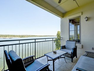 Stylish Lake Travis Condo - Private Lakefront Balcony - Lakeway vacation rentals