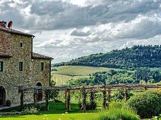 Charming 8 bedroom Villa in San Donnino - San Donnino vacation rentals
