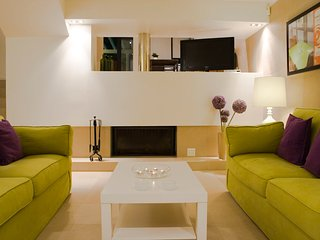 Algarve - Marine of Vilamoura 3 Bedroom Villa - Vilamoura vacation rentals