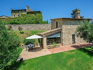 Beautiful 3 bedroom Vacation Rental in Umbertide - Umbertide vacation rentals