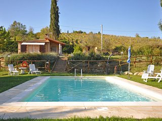 Charming 2 bedroom Villa in San Donnino - San Donnino vacation rentals
