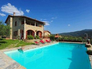 4 bedroom Villa in Castiglion Fiorentino, Central Tuscany, Tuscany, Italy : ref 2385929 - Castiglion Fiorentino vacation rentals