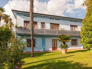 Lovely 1 bedroom House in Lammari - Lammari vacation rentals