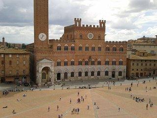 Charming 2 bedroom House in Siena - Siena vacation rentals