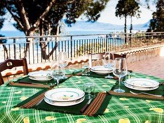 Beautiful 3 bedroom Villa in Porticello - Porticello vacation rentals