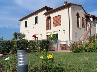 Nice 4 bedroom House in Cintolese - Cintolese vacation rentals
