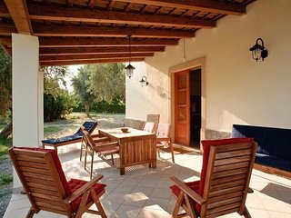 Beautiful 3 bedroom Villa in Patti - Patti vacation rentals