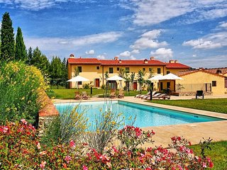 Lovely 2 bedroom House in Montegufoni - Montegufoni vacation rentals