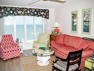 3 BR, 3 BA Newly Renovated Oceanfront condo with AMAZING views! - Pine Knoll Shores vacation rentals