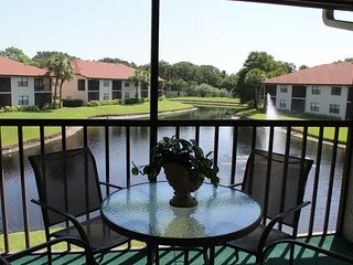 Shorewalk Condo MB lake view, near the Beaches , IMG , Shops - Bradenton vacation rentals