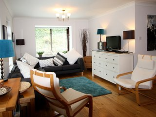 Beautiful Boutique Style Cottage - Walk to Beach - Saundersfoot vacation rentals