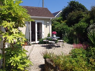 Wonderful Bungalow with Television and Microwave - Carbis Bay vacation rentals