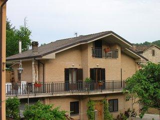 La locanda di Piedivalle, agriturismo e camere - Montefortino vacation rentals