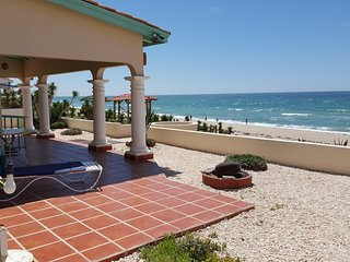 Casa de Carolina, beachfront WiFi, Directv, phone. - Puerto Penasco vacation rentals