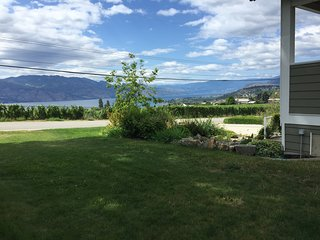 Spectacular Lake & Valley View, On Wine Trail - Westbank vacation rentals