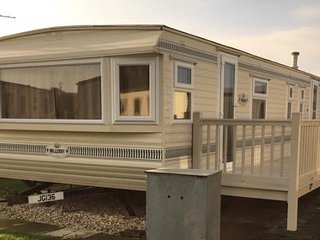 Gold (136) Standard  8 berth 3 bedroom - Ingoldmells vacation rentals