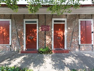 Historic Creole Cottage in Hip Marigny Triangle - New Orleans vacation rentals
