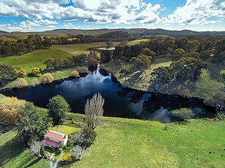 Adelaide Hills Country Cottage - Apple Tree - Adelaide vacation rentals