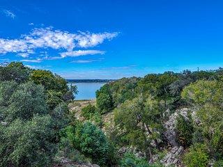 Canyon Cove Retreat At Canyon Lake - Canyon Lake vacation rentals