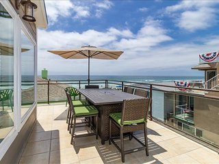 711-Stunning ocean views, 25 feet away from the sands, newly remodeled, AC - Mission Beach vacation rentals
