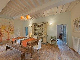 Cortona Concerto- In Cortona Centre, Lovely Artistic Apartment near Gardens, 1 - Cortona vacation rentals